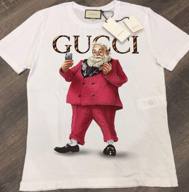 Santa Claus selfie Gucci shirtSanta Claus selfie Gucci shirt