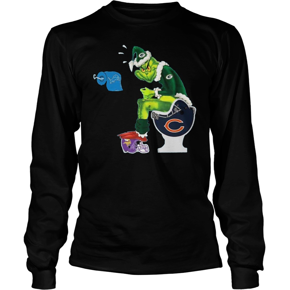Grinch Green Bay Packers sits on Chicago Bears helmet shirt