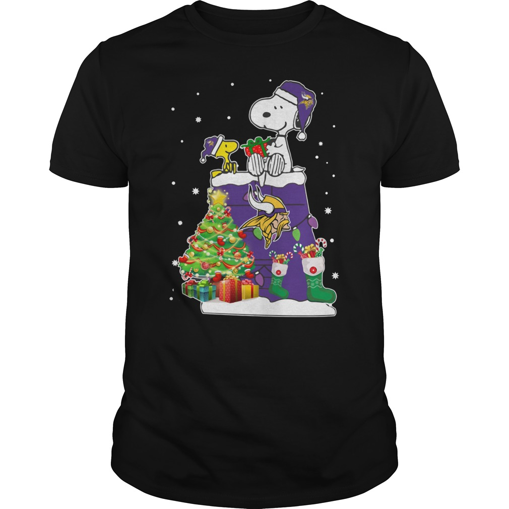 Minnesota Vikings Snoopy and Woodstock Christmas tree shirt