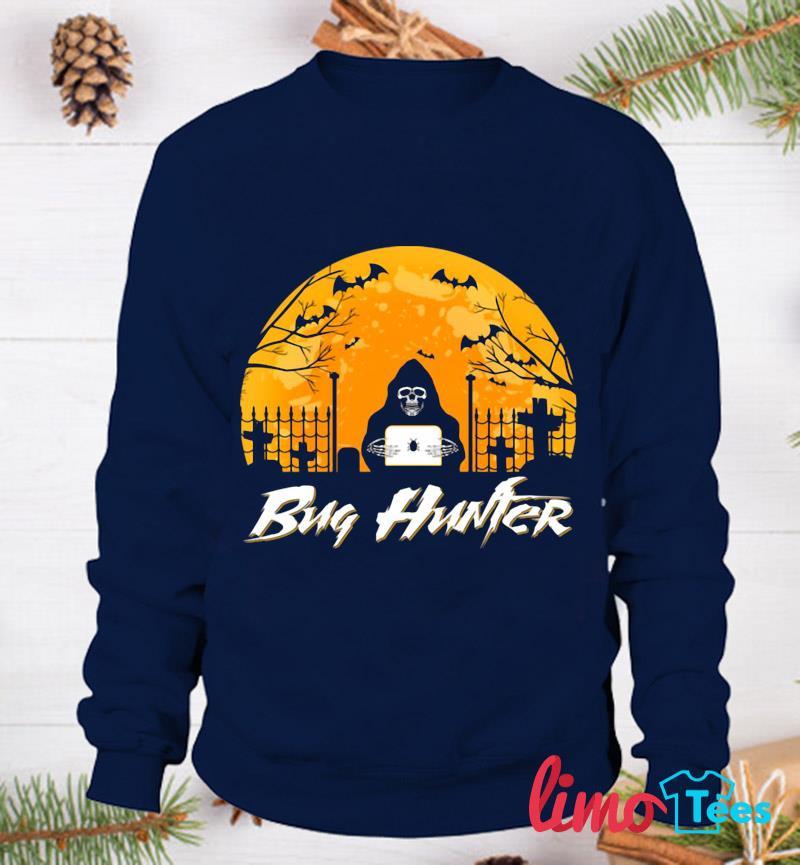 Bug hunter blood moon halloween t-s sweatshirt